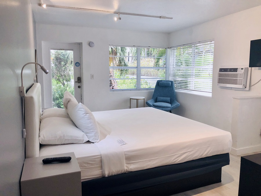 Rooms | The North Beach Hotel - Fort Lauderdale